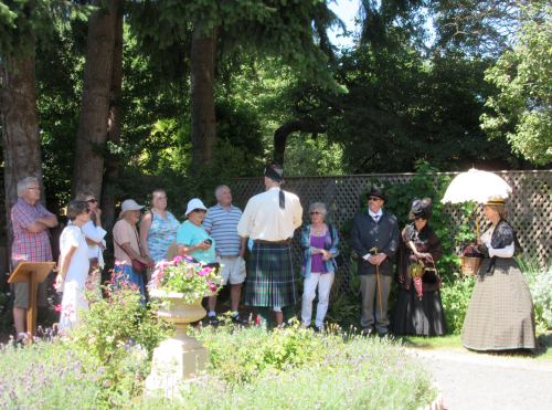 Stuart Stark Leading tour Ross Bay Garden Party 2015